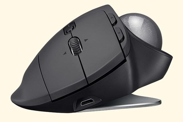 2651878-logitech-mx-ergo-trackball-mouse-2.jpg